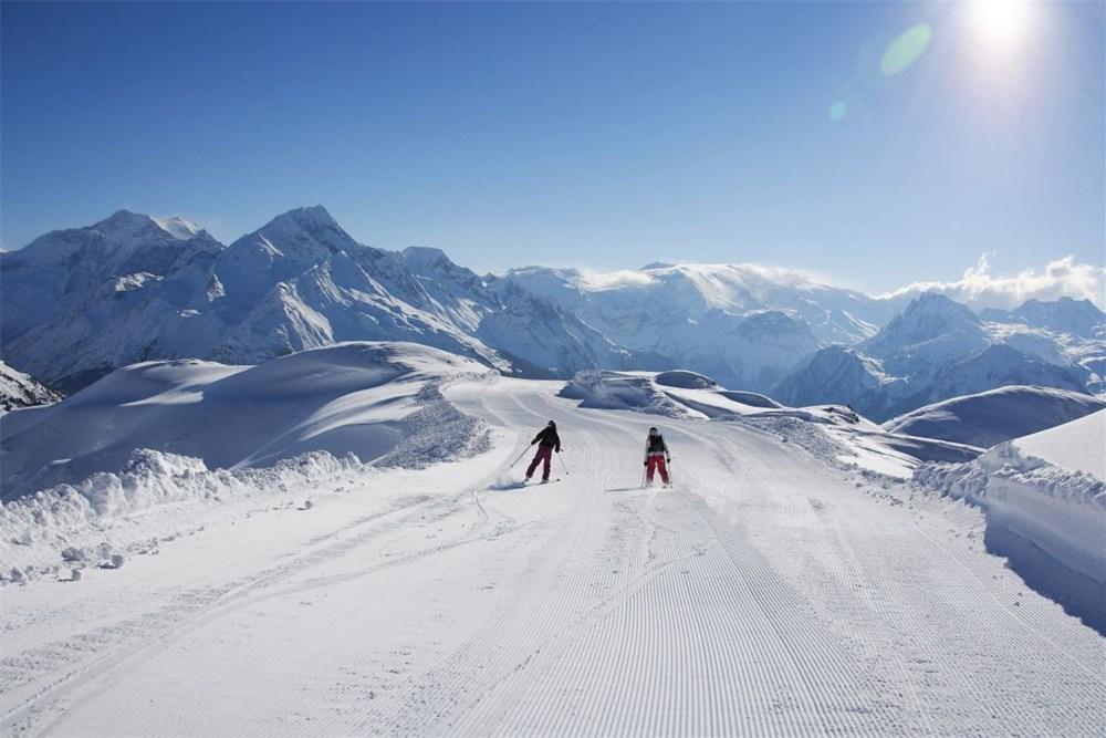 pools-dorpje-wordt-trendy-skioord